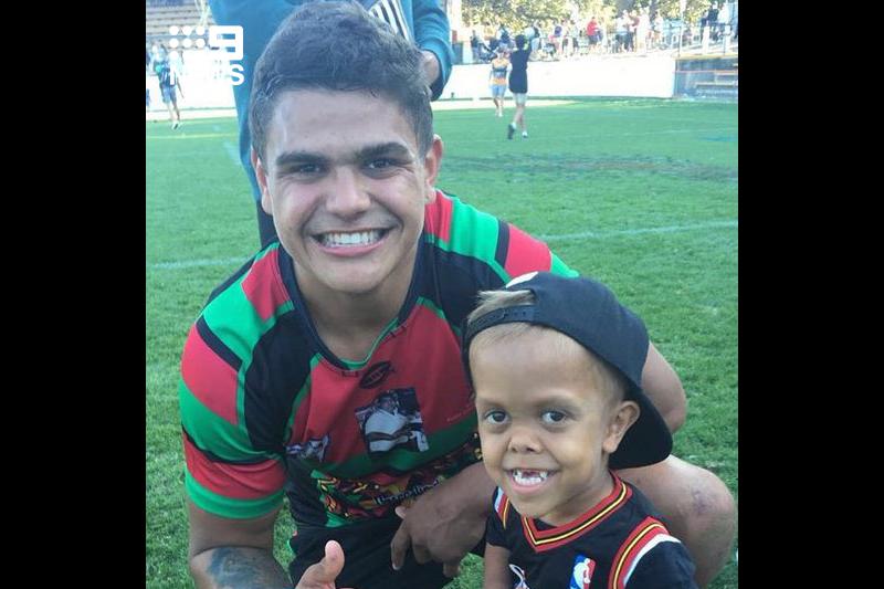 Menino de 9 anos já conheceu uma estrela de rugby australiano.